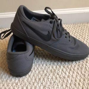 Nike SB Men shoes
